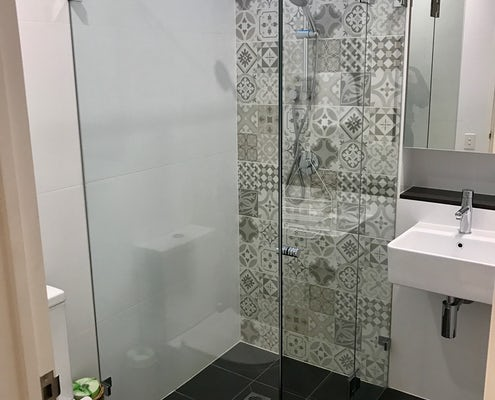 Studio apartment bathroom at Vulcan Boutique Hotel Sydney
